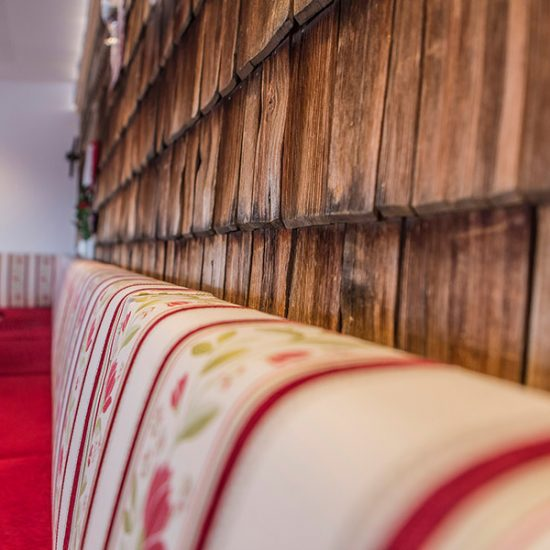 gut-riedelsbach-restaurant-polster