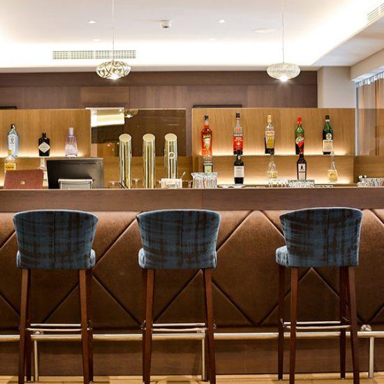 hotel-holzapfel-03-bar