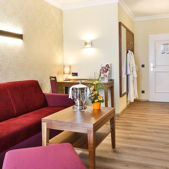 hoteleinrichtung-holzapfel-waldbauer-zimmer-003