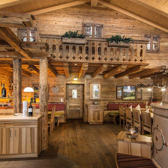 Kleblmuehle-Restaurant-Almhuette