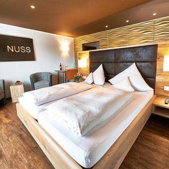 Waldbauer-Hoteleinrichtung-Zimmer-GenussZeit.