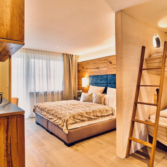 Landgasthof Moser 001 - Waldbauer Hoteleinrichtunge und Gastroeinrichtungen