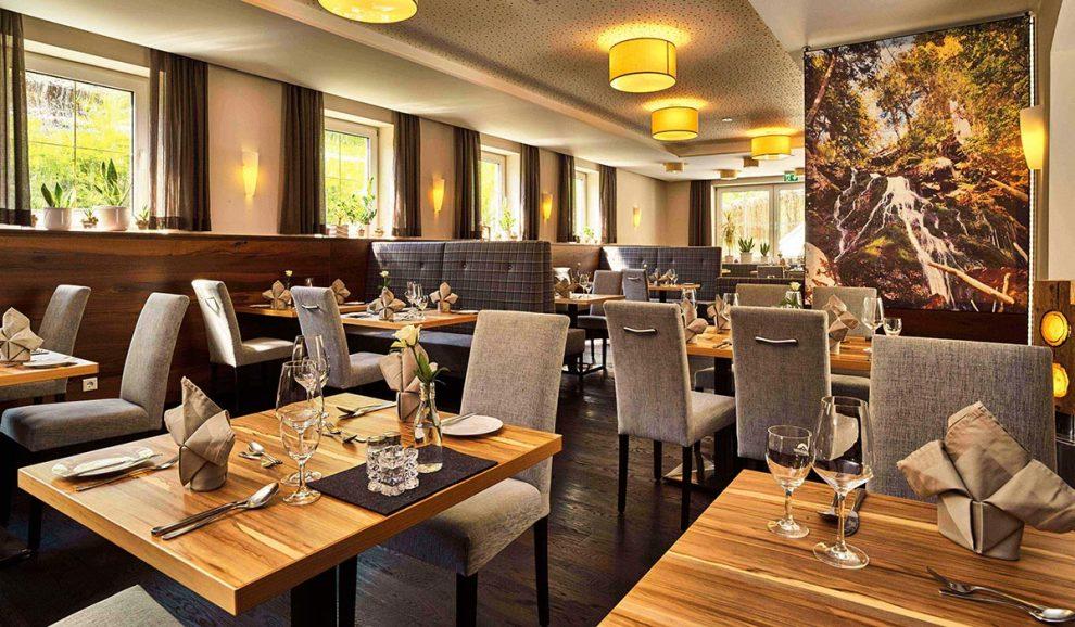 Gastroeinrichtungen aus dem Bayerischen Wald von Waldbauer | Restaurant Hotel Das Reiners