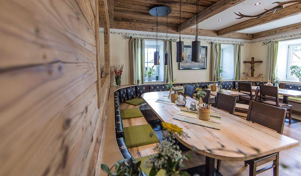 Spezialist für Holz und Altholz | Waldbauer Schreinerei und Hotel- & Gastroeinrichter