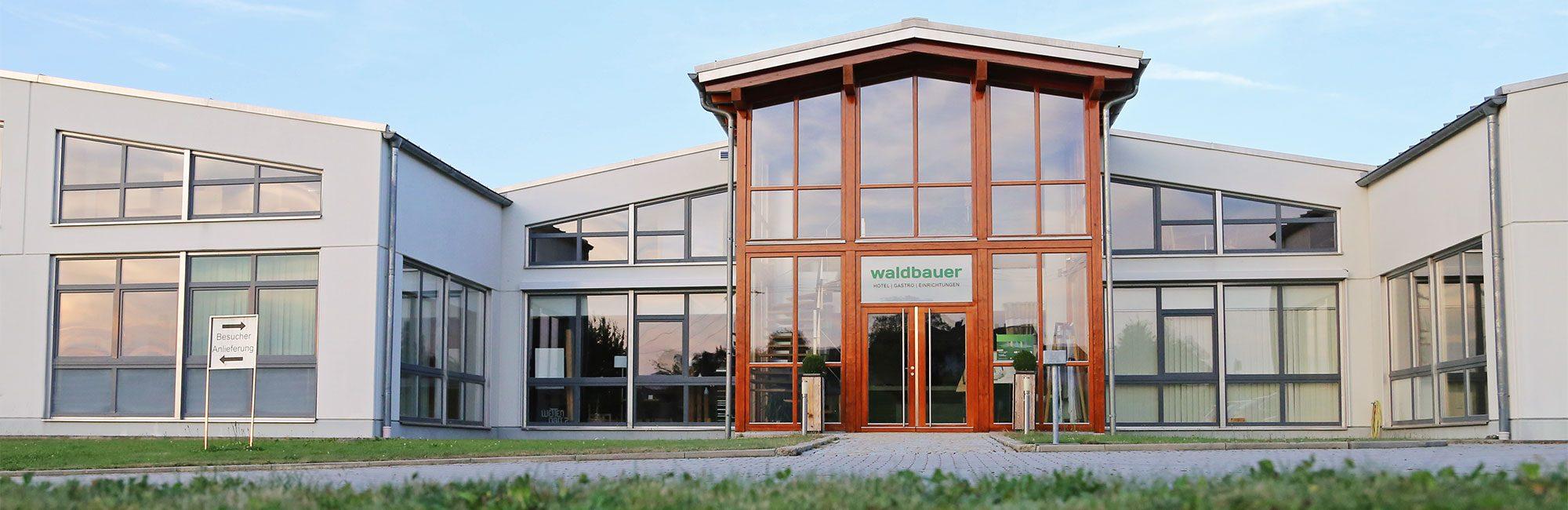 Aktuelles - Waldbauer Holztechnik Hoteleinrichtungen und Gastroeinrichtungen
