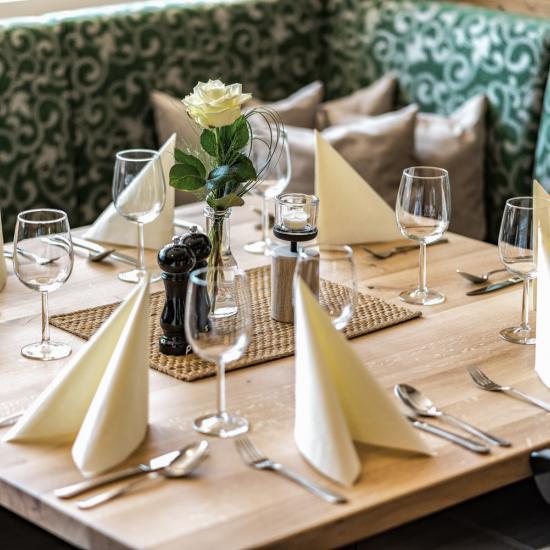 Gasthaus Klessinger - Saal 07 | Waldbauer Hotel- und Gastroeinrichtungen