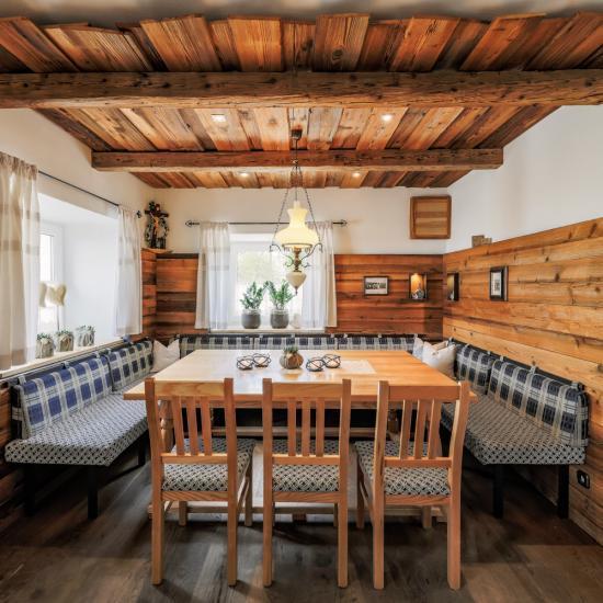 Gasthaus Klessinger - Nebenstüberl | Waldbauer Hotel- und Gastroeinrichtungen