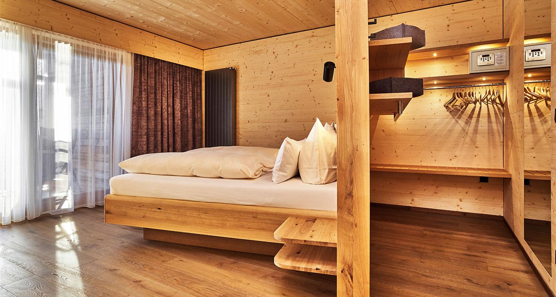 Hervorragend Hoteleinrichtung - Hotelzimmer Hotel Riedlberg mit Bett und YC65