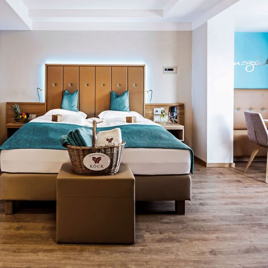 Thermalresort Köck Hotelzimmer | Doppelzimmer Garten - Boxpringbett